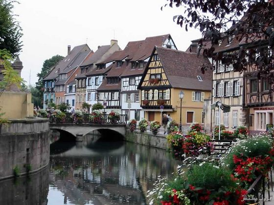 صور مدينة كولمار Colmar الفرنسية أجمل مدينة بالعالم بالصور 3637_dreambox-sat.com