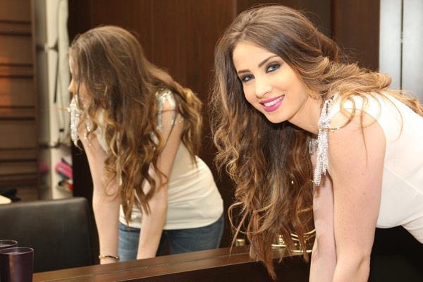 صور الجميله انبيلا هلال في الموسم الثاني من برنامج اراب ايدول Arab Idol 2