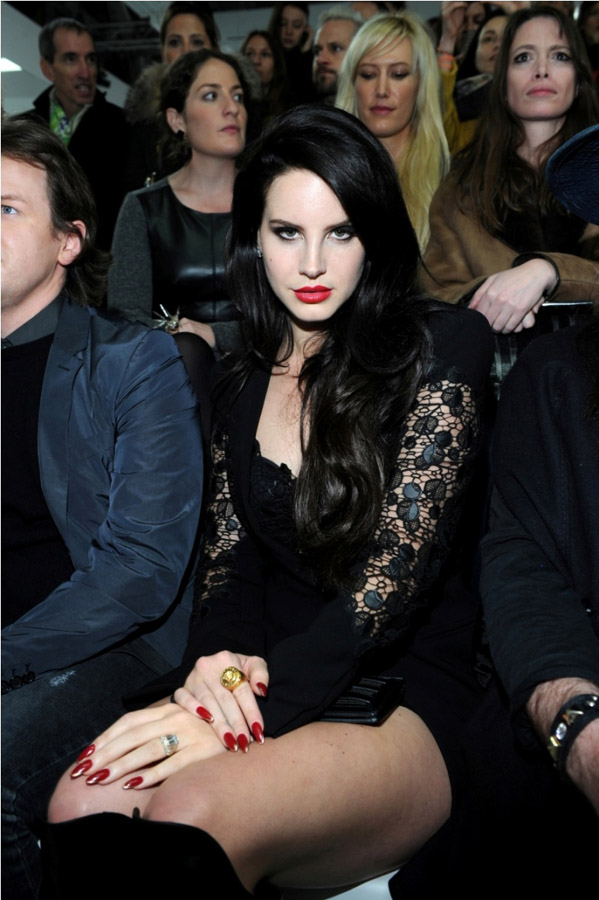 أسبوع ميلانو للموضة 2013 Versace
