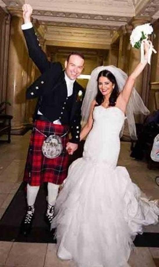 صور زفاف سناء موزيان , صور سناء موزيان بفستان الفرح