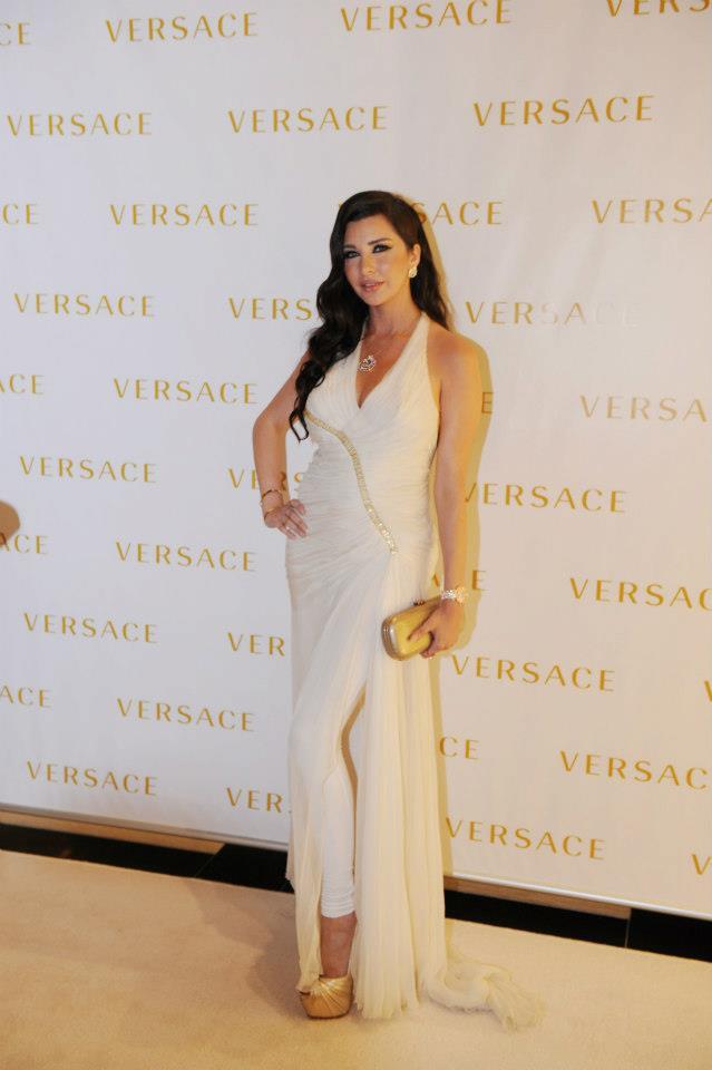 ��� ������ ������ �� ��� ������ ���� Versace �� ������