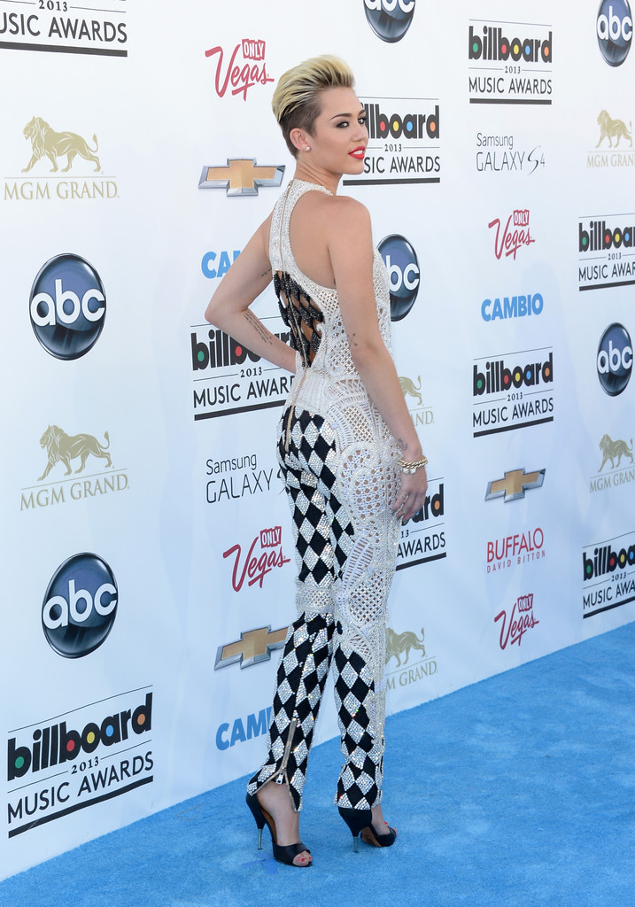 ��� ����� ������ �� Billboard Music Awards 2013