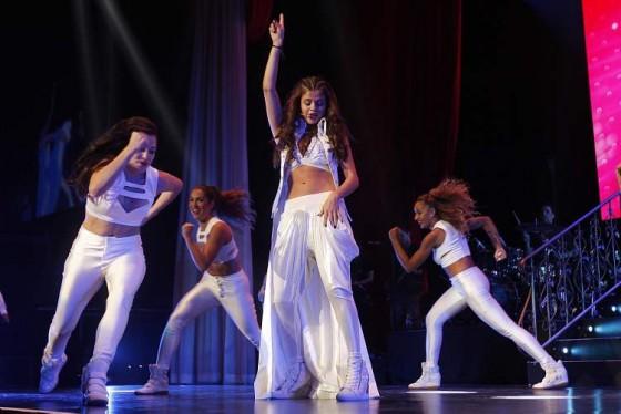 ��� ������ ����� �� Stars Dance Concert in Winnipeg
