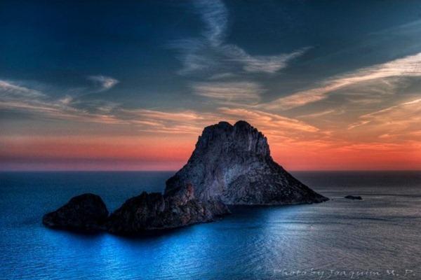 سياحة الأثرياء في جزيرة إيبزا الإسبانية 121734