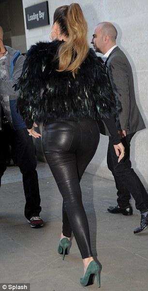 ��� ���� ��������� �� ��� ����� ������ Kardashian Kollection