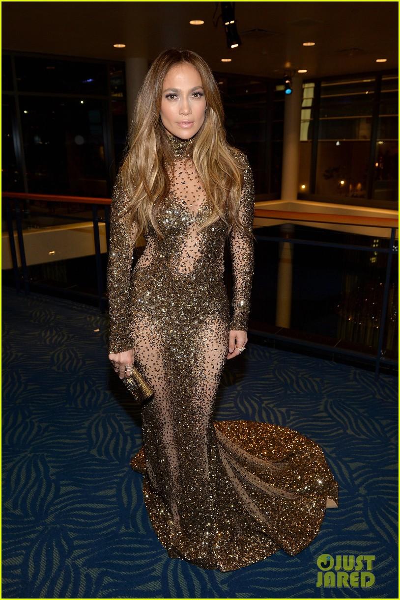 ��� ����� ����� �� ��� American Music Awards 2013