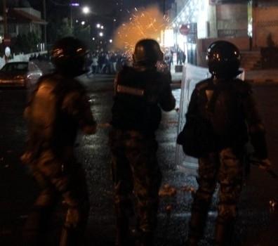 عاجل عشيرة العوضات تغلق أوتوستراد