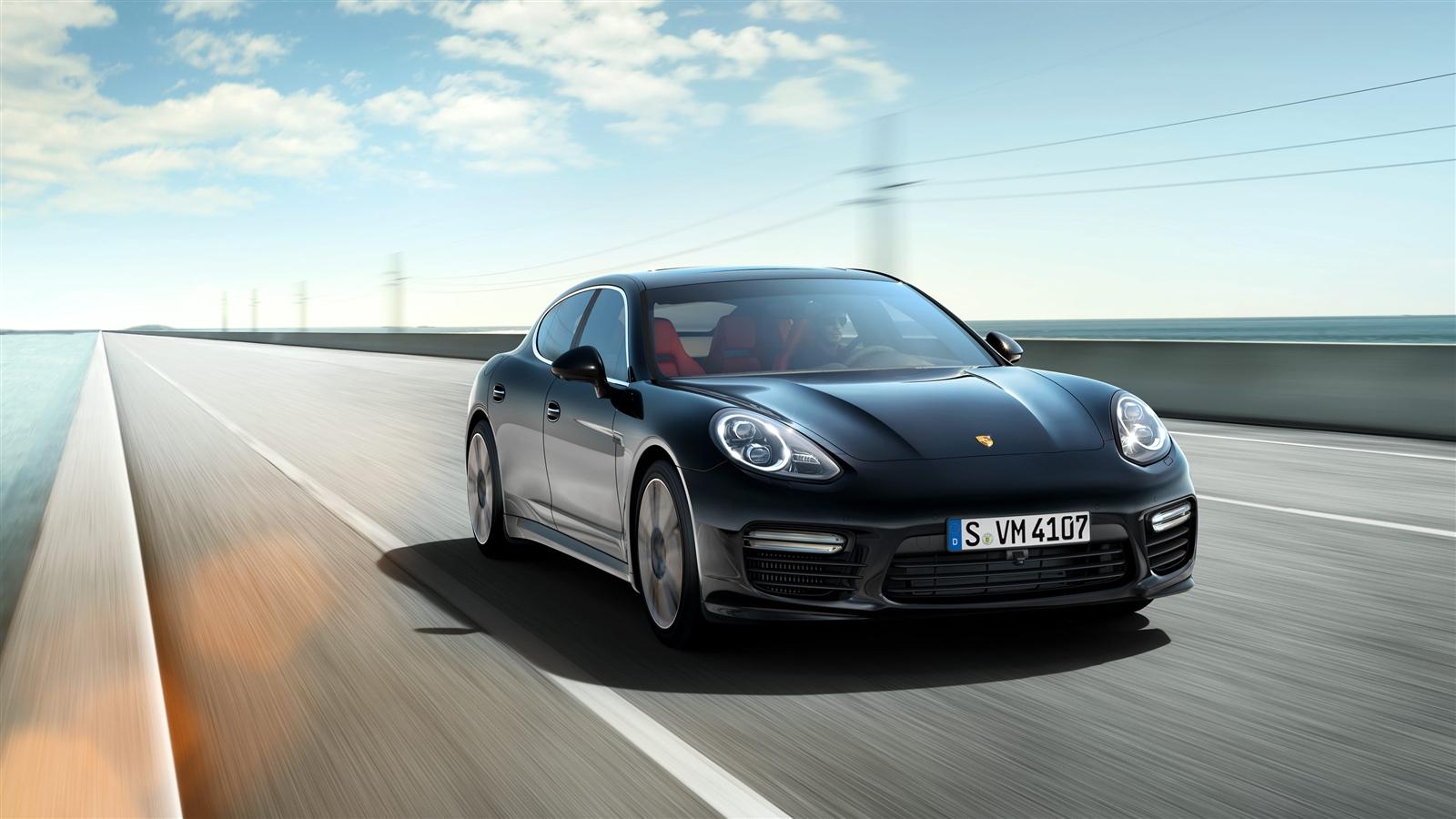 ��� �������� ���� ����� ���� �������� ����� �� 2014 Porsche Panamera Turbo S