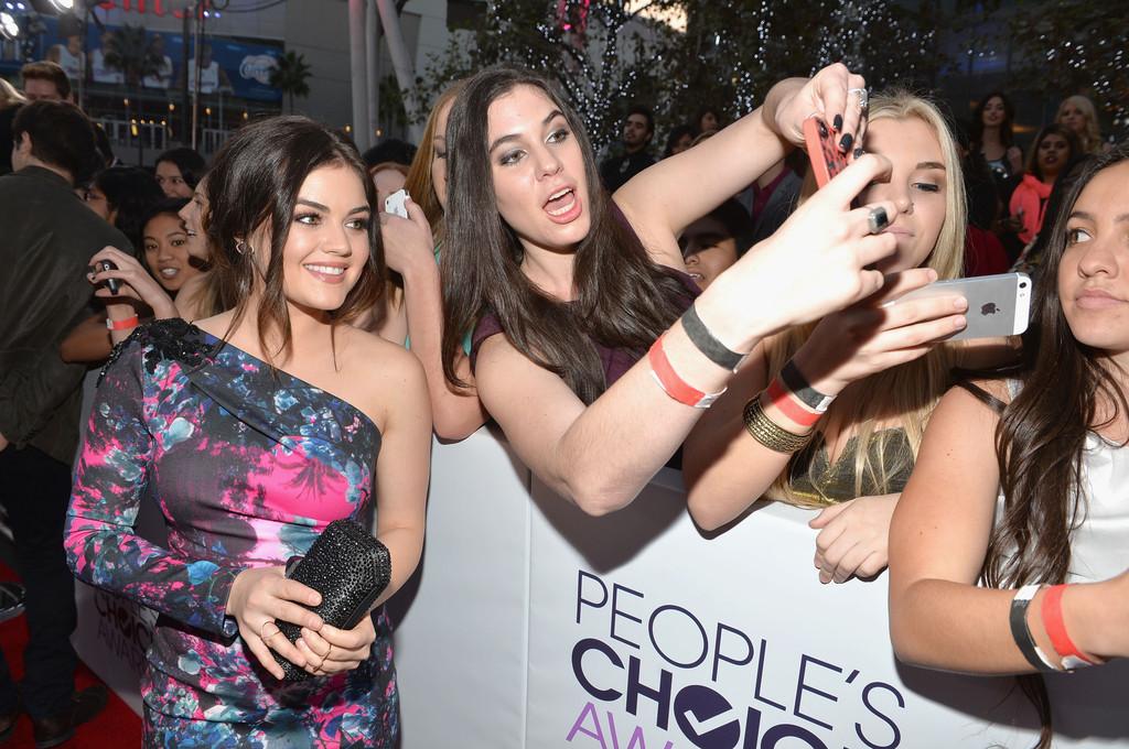 ��� ���� ��� �� ��� ����� ����� People's Choice Awards 2014