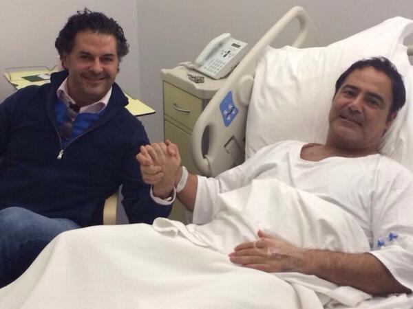 صور راغب علامة في زيارة عاصي الحلاني وهو بالمستشفى
