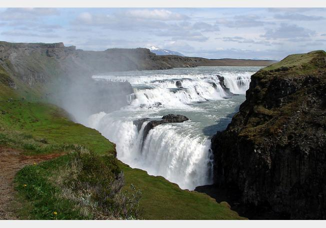 صور أشهر 10 شلالات طبيعية في العالم