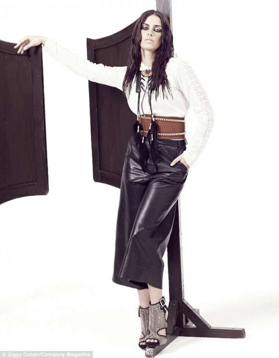 صور جيسيكا لاوندز - صور جيسيكا لاوندز على غلاف مجلة toro