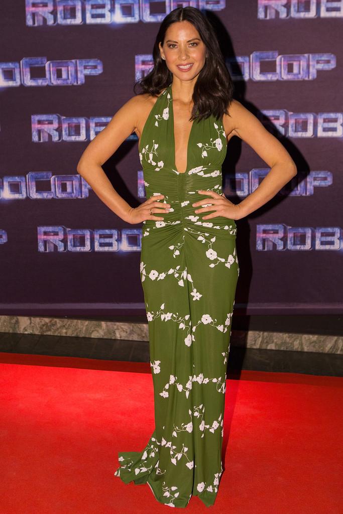 ��� ������� ��� �� ��� ���� Robocop �� �������� , ��� ������� ��� 2015 Olivia Munn