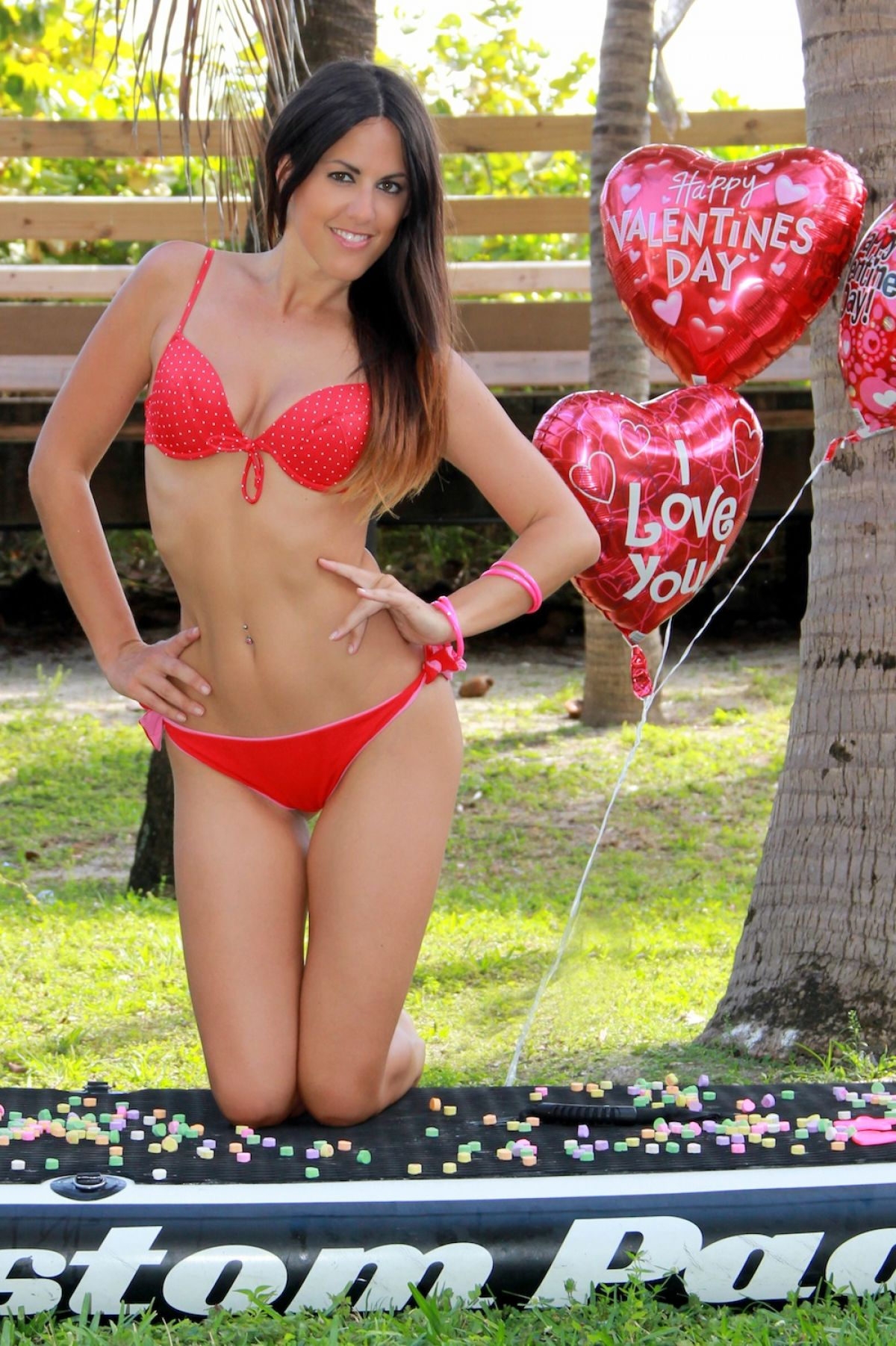 ��� ������ ������ �� ���� ����� Valentine�s Paddleboard �� ��� ������ ������ 2015 Claudia Romani