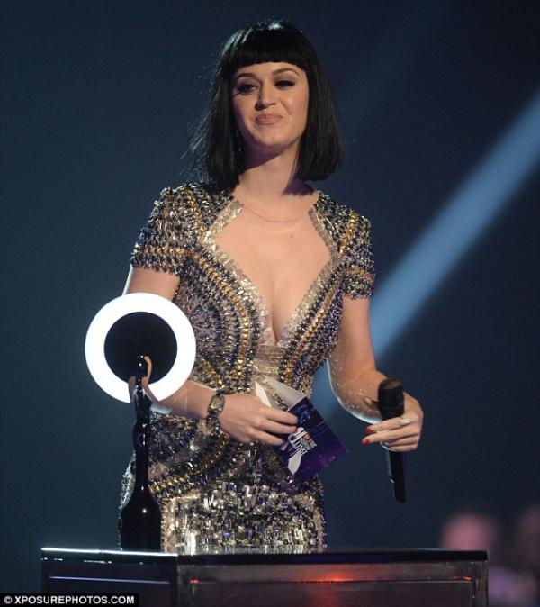 ��� ����� ����� ���� �� ��� ����� �����  Brit Awards