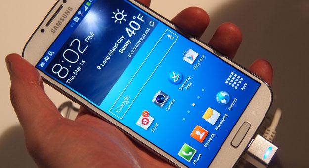 ������ ������� Galaxy S5 ���� �� Galaxy S4