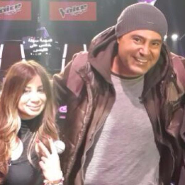 صور عاصي الحلاني مع عامر توفيق في كواليس برنامج احلى صوت ذا فويس