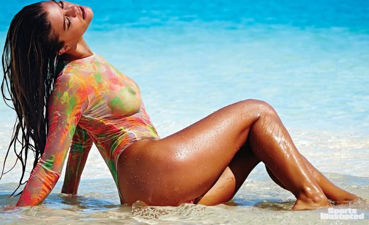 صور نينا أكدال على مجلة Sports Illustrated Swimsuit 2014