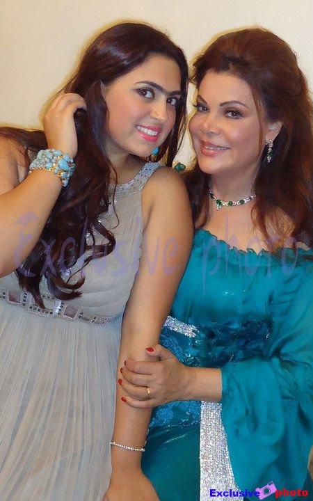 صور هديل ابنة الاعلامية صفاء ابو السعود 2014 , صور صفاء ابو السعود مع ابنتها 2014