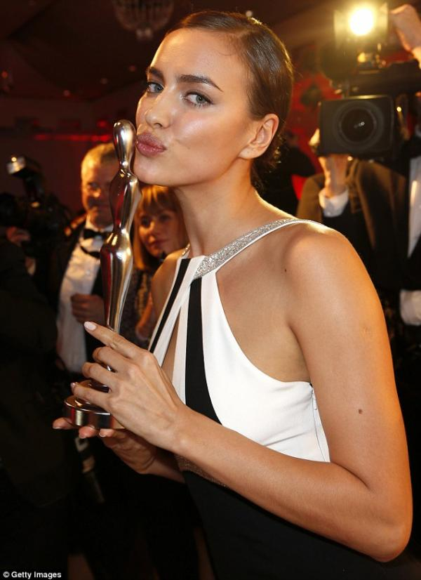 ��� ����� ������ ���� �� Gala Spa Awards 2014