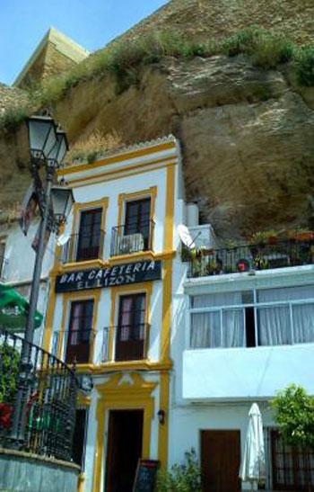 صور مدينة سيتنيل ديلاس بإسبانيا مدينة مبنية تحت صخرة ضخمة 237992_dreambox-sat.com