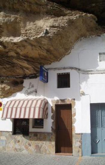 صور مدينة سيتنيل ديلاس بإسبانيا مدينة مبنية تحت صخرة ضخمة 237996_dreambox-sat.com
