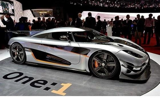 صور أجمل السيارات في معرض جنيف 2014