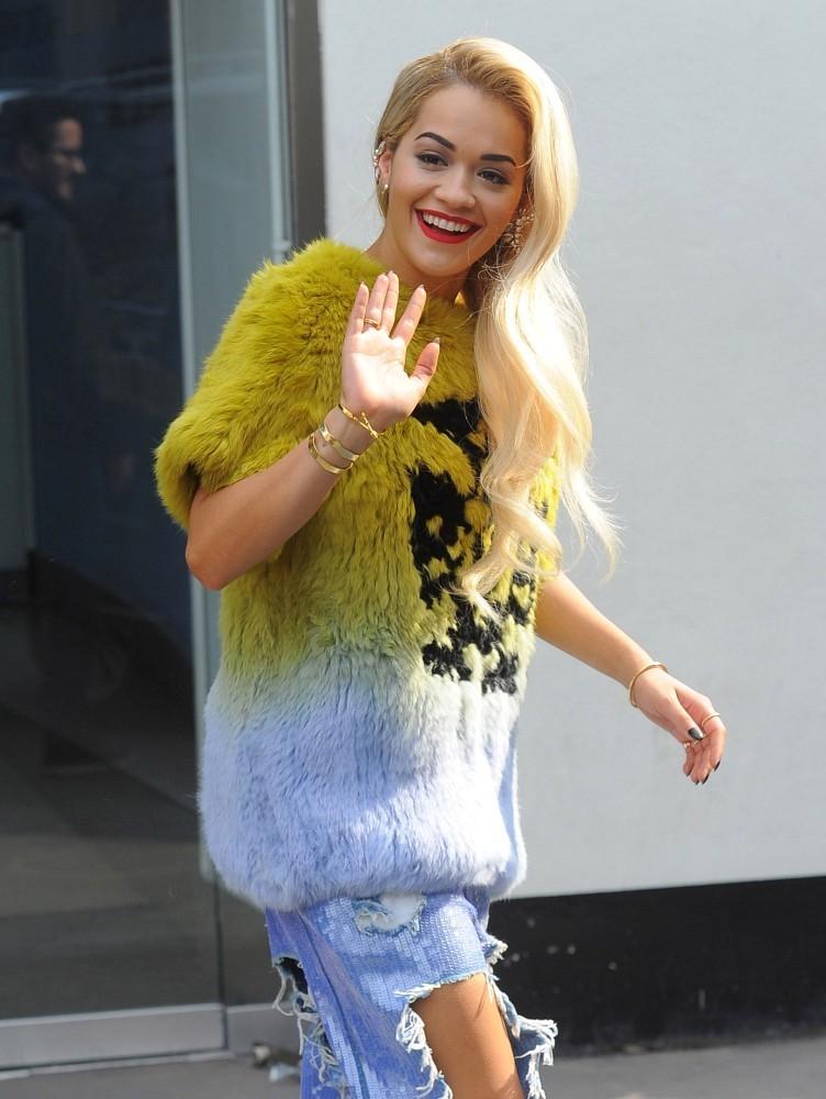 صور المغنية ريتا أورا 2014 , اجدد صور ريتا أورا 2015 Rita Ora