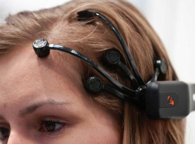 ������ ������ ���� ������ ������ ���� ���� ���� Brain-Interfaces