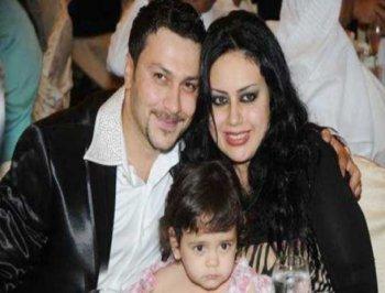 صور زوجة الفنان وائل شرف ، صور وائل شرف مع زوجته وابنته 2014
