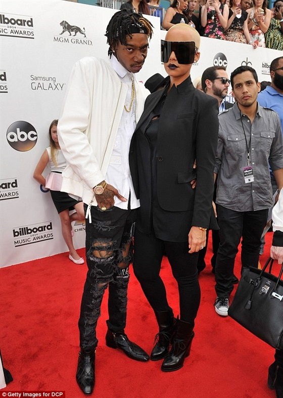 ��� ���� ��� �� ��� Billboard Music Awards 2014