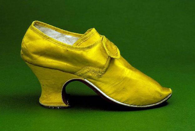 بالصور معلومات عن أحذية الكعب العالي 2014 , موضة الكعب العالي ظهرت منذ 3500 سنة