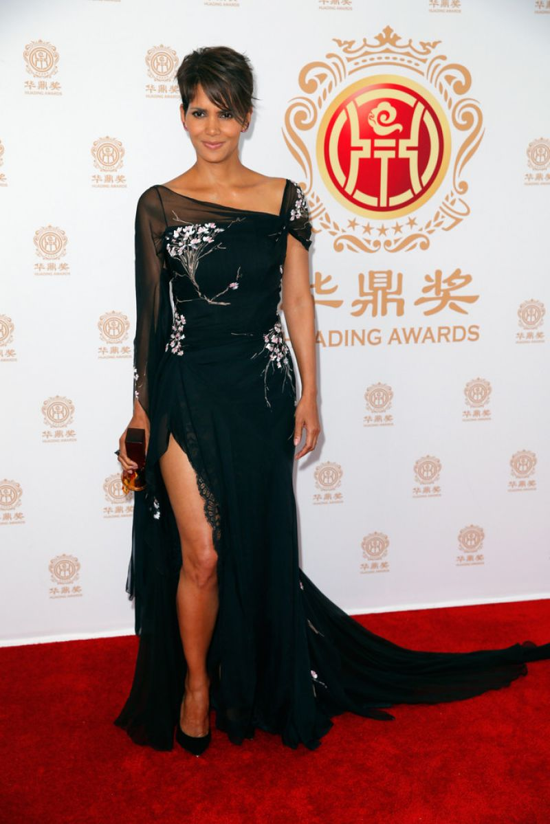 ��� ���� ���� �� ��� ����� ����� Huading Film Awards
