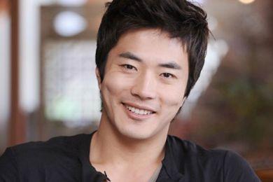 السيرة الذاتية للممثل الكوري كوون سانج وو بطل مسلسل الأمير والفقير 2014