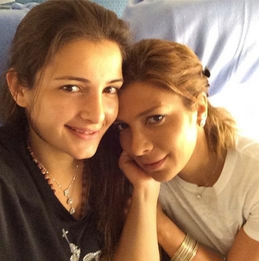 صور أصالة نصري مع ابنتها شام في ايطاليا 2014