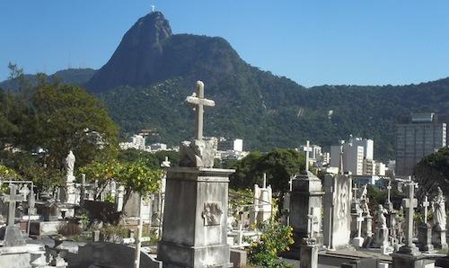 أشهر مقابر العالم