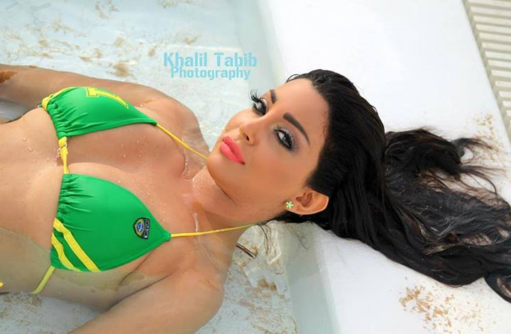 رولا يموت مجلة نادين 2014