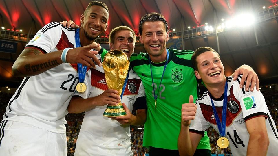 ألبوم صور تتويج ألمانيا بكأس العالم 2014   بالصور لحظة رفع كأس العالم 2014   خلفيات ألمانيا بطلة كأس العالم 2014
