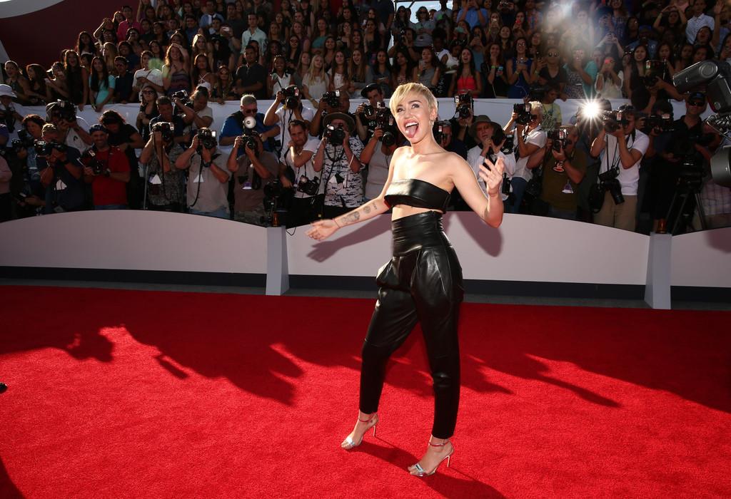 ��� ����� ����� �� ��� MTV Video Music Awards 2014