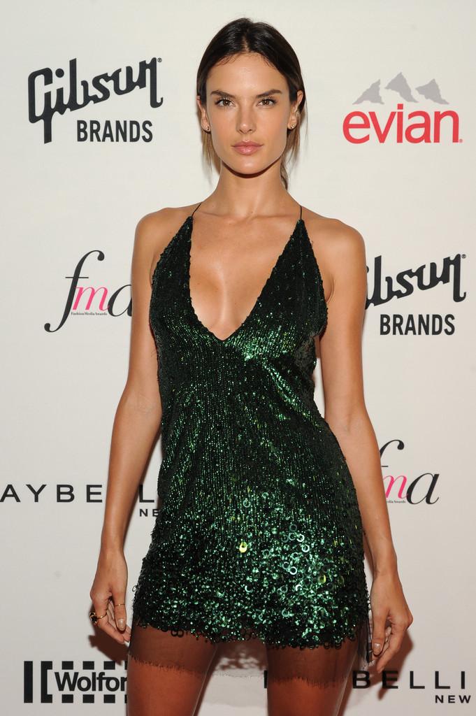��� ��������� �������� �� ��� Glam Up for Fashion Media Awards