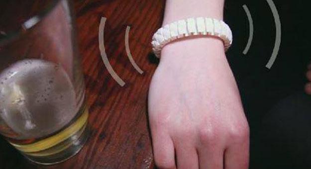 �������� Vive bracelet ���� ��� ����� ����� �� ����