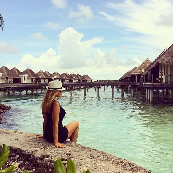 صور نانسي افيوني بالمايوه في جزر المالديف 2014