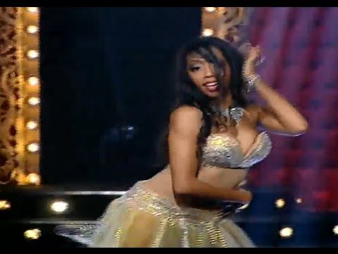 بالفيديو رقص لارا الأمريكية في برنامج الراقصة على قناة القاهرة والناس 2014