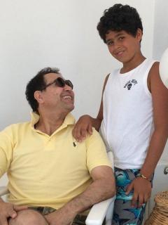 صورة عمر ابن حكيم , صور حكيم مع ابنه حكيم للمرة الاولى 2015
