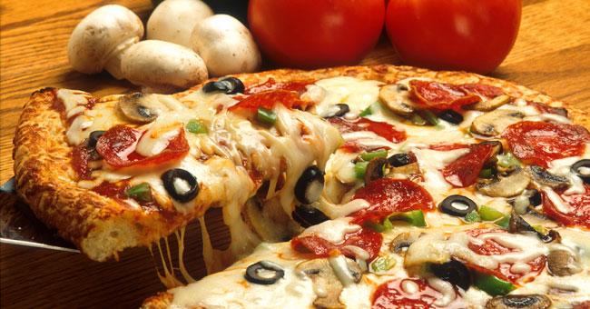 طريقة عمل بيتزا الدجاج والجبن بالشوفان 2015