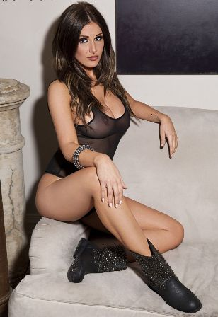 ��� ����� ������� ���� ���� 2015 Lucy Pinder