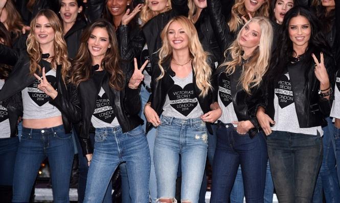 صور جميلات العالم في عرض ازياء Victoria's Secret 2015