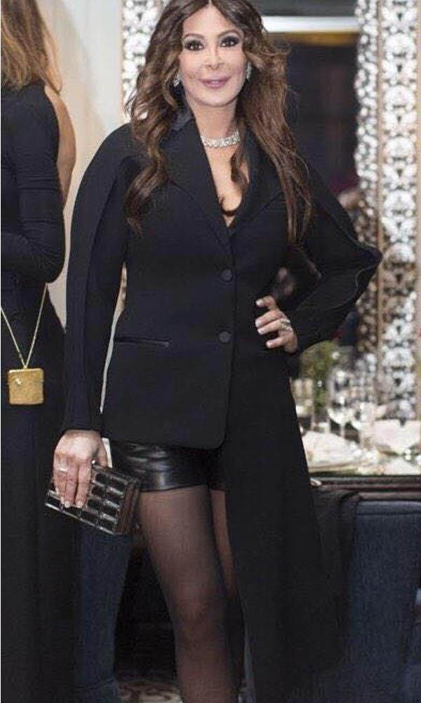 صور إليسا وهي ترتدي هوت شورت قصير في عيد ميلاد إليزا سيدناوي 2015
