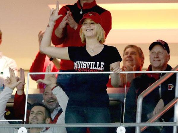 ��� ����� ������ �� ������ ������ ������ Louisville Cardinals