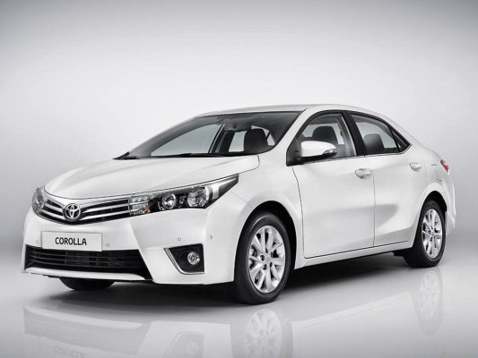 ������� ���� ����� Toyota Corolla XLI 2015 �������